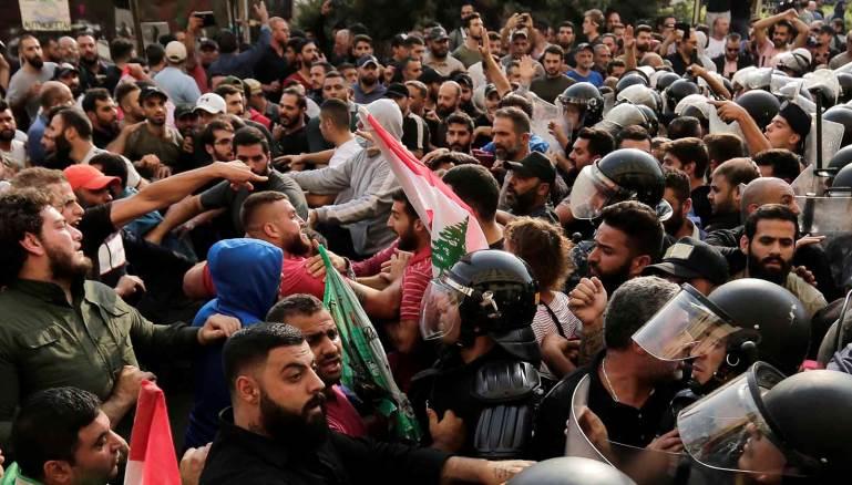 """بعد سوريا.. الممانعة تستخدم """"أمن إسرائيل"""" لقمع الانتفاضة اللبنانية"""