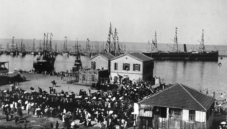 الدولة-الميناء..التي دُمّرت