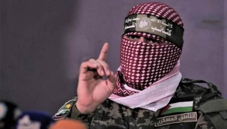 """ملثّم يتصدر الهاشتاغات الفلسطينية.. من هو """"أبو عبيدة""""؟"""